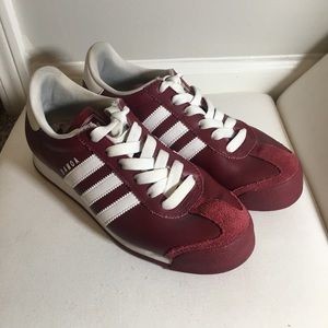 Adidas Samoa -Burgundy Size 6.5Men -Size 8.5 Women